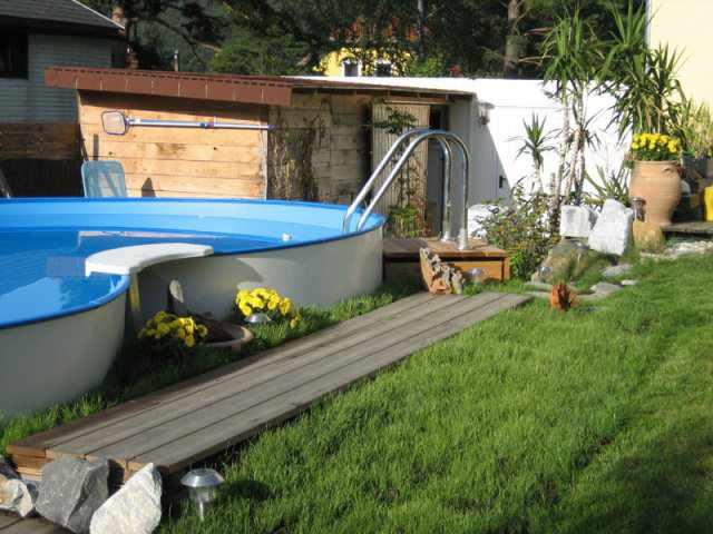 Holzpool weka kreta schwimmbecken aus for Aufbau stahlwandpool