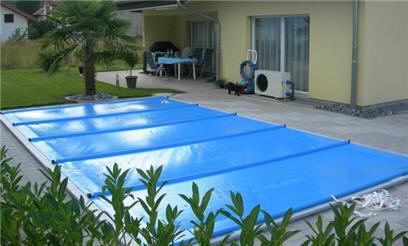 rollabdeckplane pool rollabdeckung fuer das pool